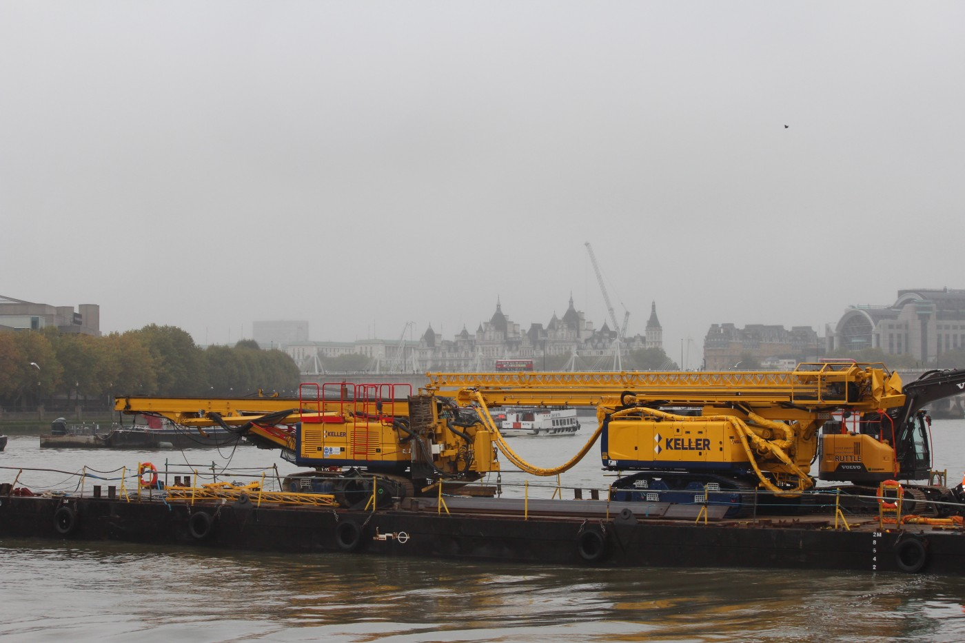 The Keller rigs delivered to site by barge