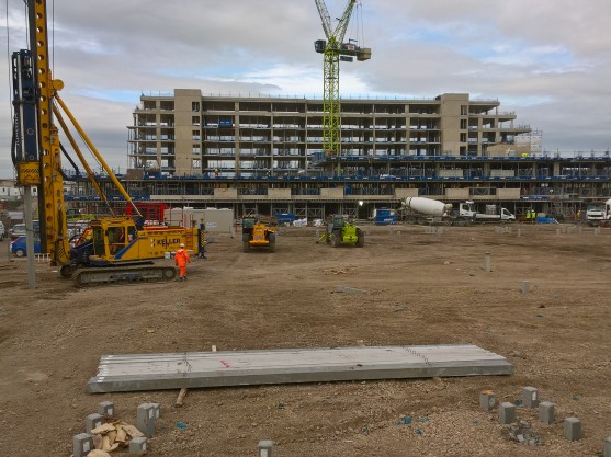 Precast piling at Fletton Quays
